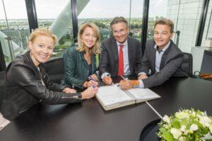 ondertekening BouwendNederland FME
